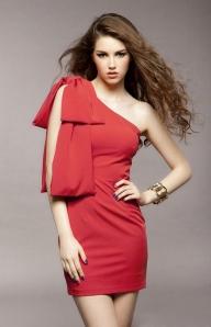 Красное коктельное платье